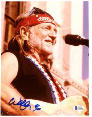 "Willie Nelson Autographed 8""x 10"" Red Bandana Photograph - PSA/DNA COA"
