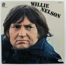 Willie Nelson Columbus Stockade Blues Signed Album Cover W/ Vinyl PSA #U25901