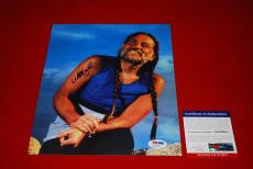 WILLIE NELSON country music legend signed PSA/DNA 8X10  photo 1