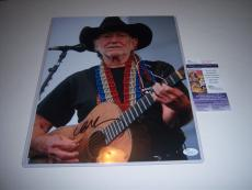 Willie Nelson Country Singer,on The Road Again Jsa/coa Signed 11x14 Photo