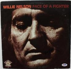 Willie Nelson Face Of A Fighter Signed Album Cover W/ Vinyl Psa/dna #s80839
