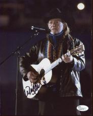 WILLIE NELSON HAND SIGNED 8x10 COLOR PHOTO      GREAT IN CONCERT POSE     JSA