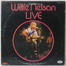 Willie Nelson - Live Signed Album Cover W/ Vinyl Autographed PSA/DNA #W46816