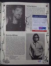 Willie Nelson Music Legend Signed The Best Of Country Music Magazine Psa/dna Coa