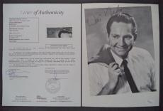 Willie Nelson Music Legend Signed Autographed 8x10 Photo Jsa Loa #z09515 Rare