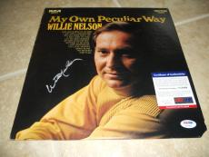 Willie Nelson My Own Peculiar Way Signed Autographed Album Record PSA Certified