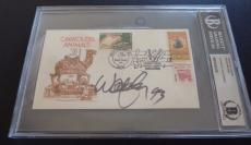 Willie Nelson Signed Autographed 3.5X6.5 1st Day Cover Beckett Certified Slabbed