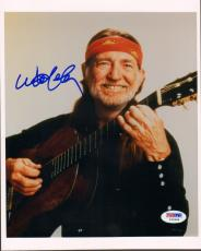 WILLIE NELSON Signed Autographed 8x10 Photo PSA/DNA #Y62086
