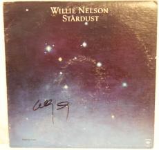 """WILLIE NELSON Signed Autographed """"Stardust"""" Album LP JSA #L26713"""