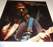 "WILLIE NELSON Signed Autographed ""Sweet Memories"" Album LP PSA/DNA #U80076"