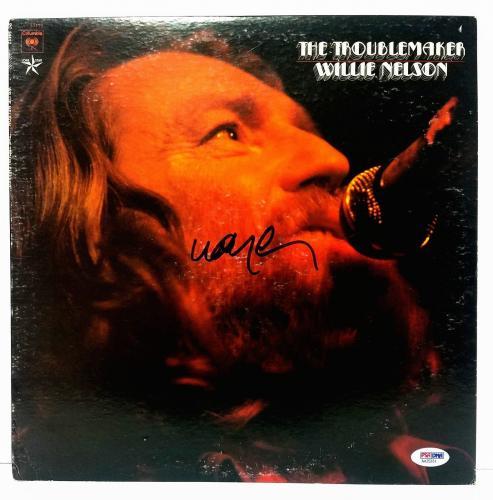 "WILLIE NELSON Signed Autographed Vinyl ""THE TROUBLEMAKER"" Album LP PSA #AA25331"
