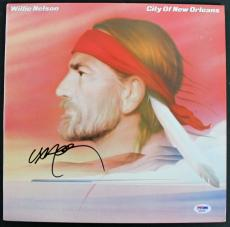 Willie Nelson Signed 'City Of New Orleans' Album Cover W/ Vinyl PSA/DNA #AB81085
