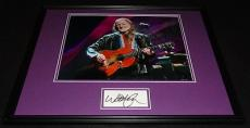 Willie Nelson Signed Framed 16x20 Photo Poster Display