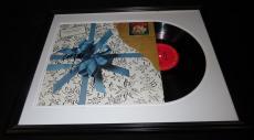 Willie Nelson Signed Framed 1979 Pretty Paper Vinyl Record Album Display JSA