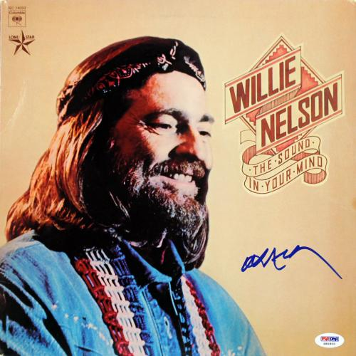 Willie Nelson Signed The Sound In Your Mind Album Cover W/ Vinyl PSA/DNA #S80800