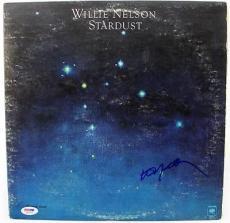 Willie Nelson Stardust Signed Album Cover W/ Vinyl Autograph PSA/DNA #S80835