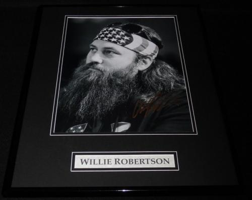 Willie Robertson Signed Framed 16x20 Photo Display AW Duck Dynasty