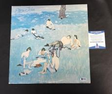 Wow Elton John Signed  Blue Moves Vinyl Album Lp Beckett Bas Coa
