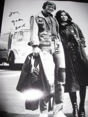 YOKO ONO SIGNED AUTOGRAPH 11x14 PHOTO BEATLES JOHN LENNON VINTAGE SHOT