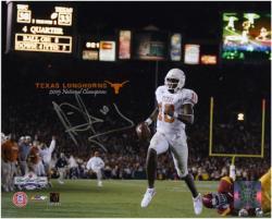"Vince Young Texas Longhorns 2005 Rose Bowl Autographed 8"" x 10"" Photograph"