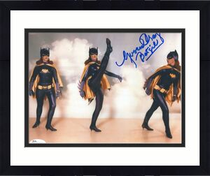 YVONNE CRAIG HAND SIGNED 8x10 COLOR PHOTO     SEXY BATGIRL      AWESOME     JSA