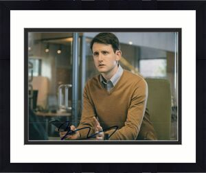 ZACH WOODS signed (THE OFFICE) autographed TV SHOW *Gabe Lewis* 8X10 W/COA #6