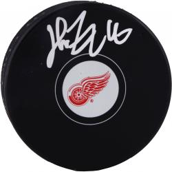 Henrik Zetterberg Detroit Red Wings Autographed Hockey Logo Puck