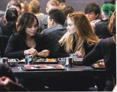 Zoe Kravitz signed Divergent Insurgent 8x10 photo W/Coa Christina #6